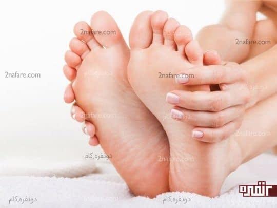 پاهای خودتون رو در طول روز مرطوب نگه دارین