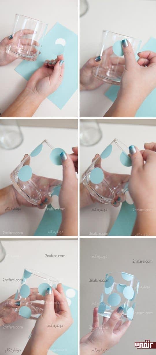 چسباندن برچسب روی شیشه