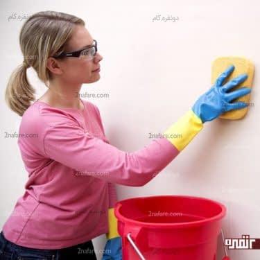 تمیز کردن دیوارهای خانه