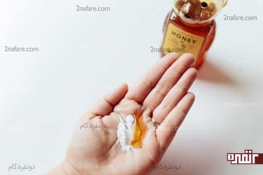عسل و جوش شیرین برای پاک کردن قوی ترین آرایش