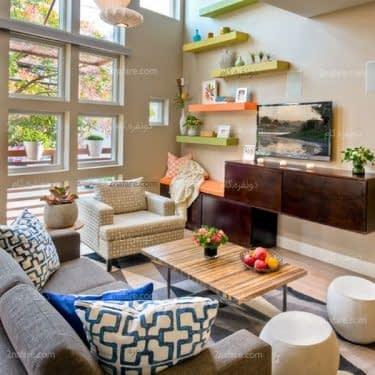 قفسه های شناور و رنگی برای تزیین دیوارهای خانه اجاره ای