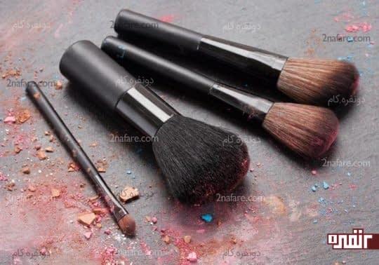 روشی ساده برای تمیز کردن برس های آرایشی