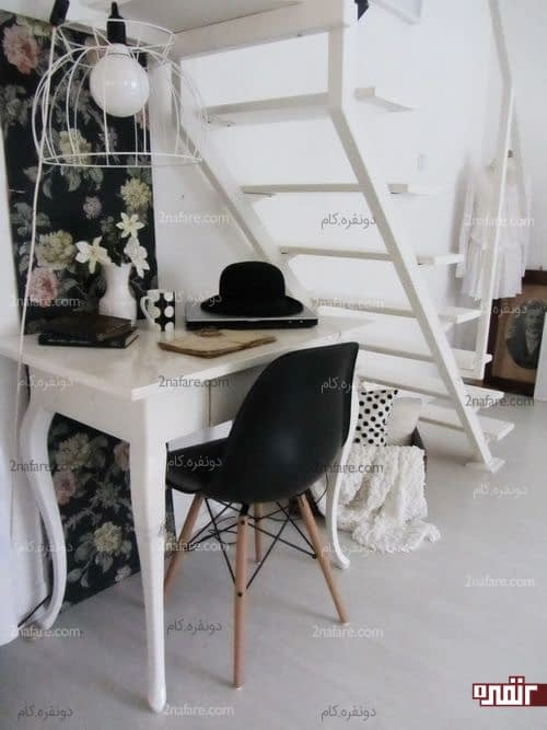 استفاده از فضای زیر پله برای قرار دادن میز کار