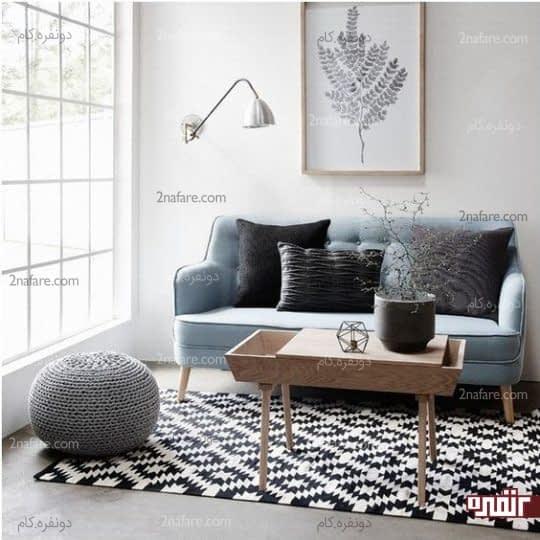تزیین دکور کنج با فرش هندسی سیاه و سفید