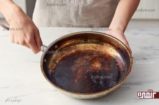 تمیز کردن ماهی تابه سوخته به روش کاملا خانگی