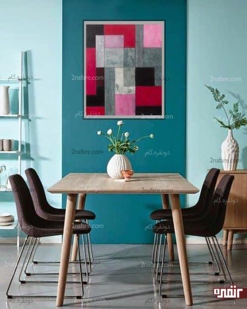 رنگ آمیزی و تزیین دیوار مرکزی در فضای غذاخوری