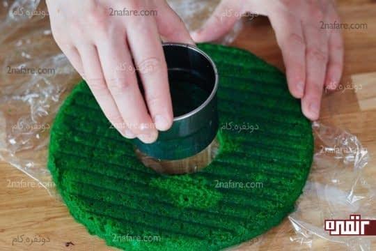 سوراخ کردن دو لایه وسطی کیک