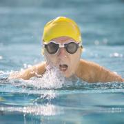 فواید شگفت انگیز شنا کردن