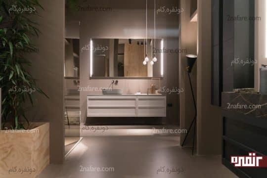 چراغ آویز های سقفی و چراغ پایه دار در حمام مدرن