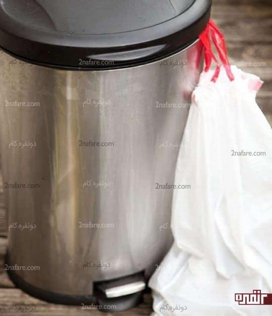 ترفندی برای تمیز کردن سطل زباله