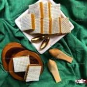 حلوای لقمه ای با نان میکادو