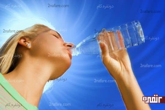 آب کافی بنوشید