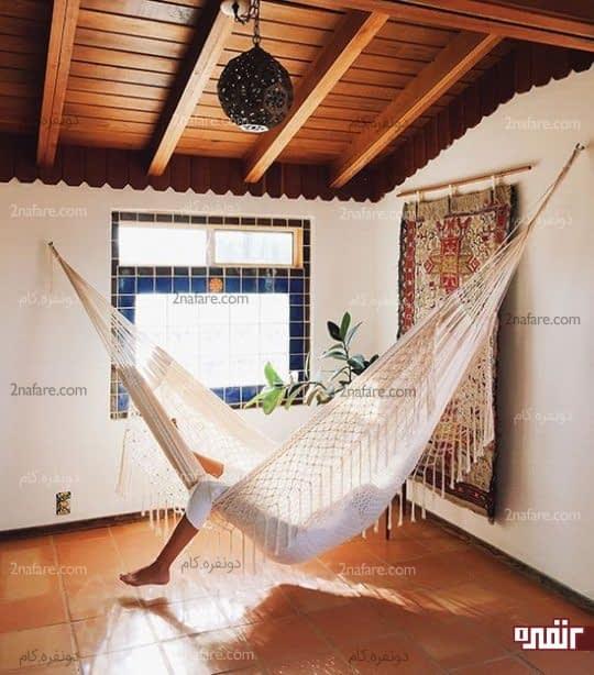 استراحت و ریلکسیشن در صندلی های گهواره ای
