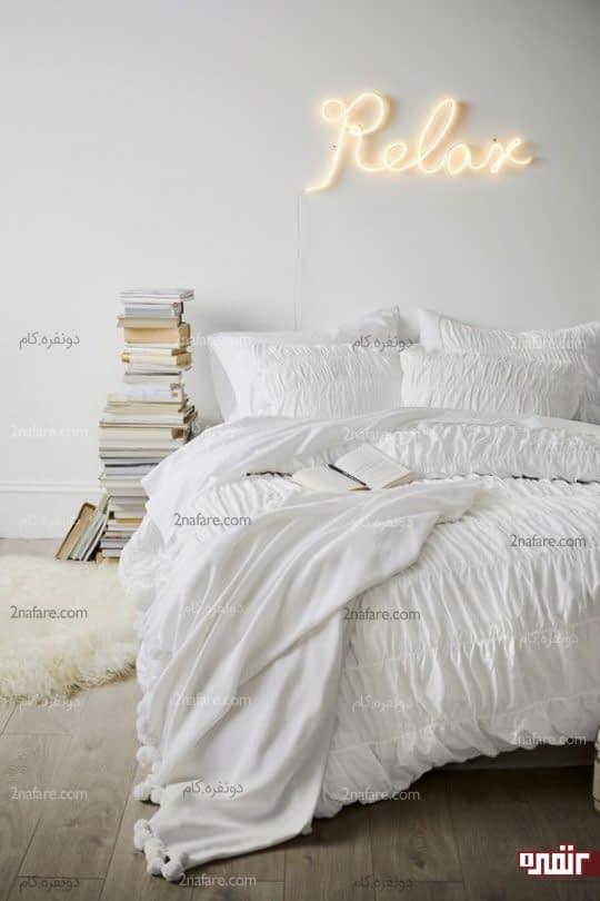 تزیین دیوار اتاق خواب با کلمات و عبارات دلخواه نئونی