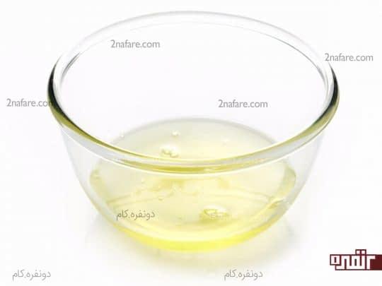 سفیده تخم مرغ سرشار از پروتئینه و برای مو بسیار مفیده