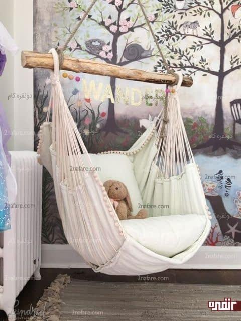 طراحی خاص اتاق کودک با صندلی راحتی تابی