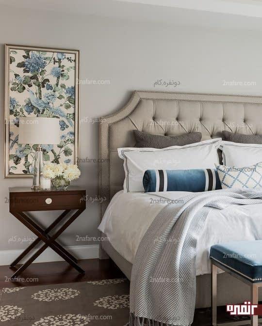 طراحی دکوراسیون اتاق خواب با مبلمان و فرش مات و خنثی