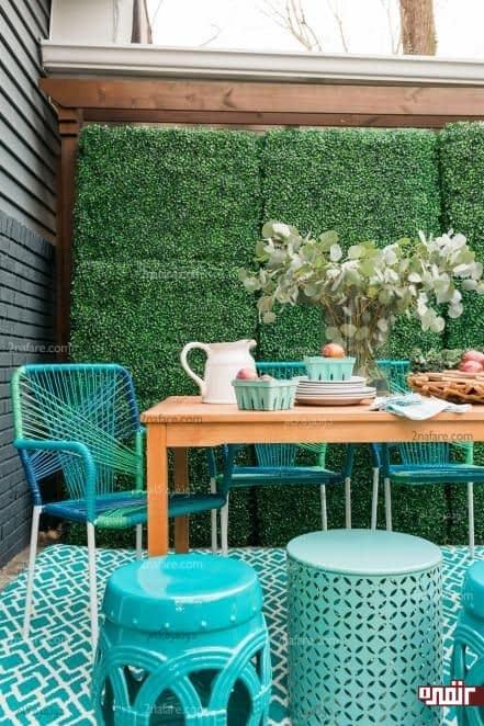 میزغذاخوری چوبی و صندلی های فیروزه ای