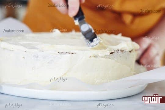 پوشاندن کیک با کرم پنیری