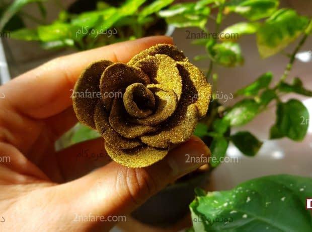 گل رز با حنا