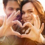 7 راهکار برای تقویت رابطه شما با همسرتان