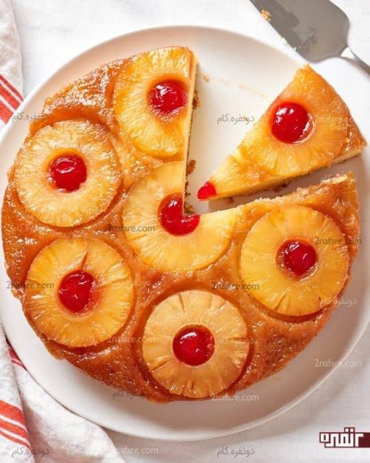 طرز تهیه کیک آپساید دوان آناناس