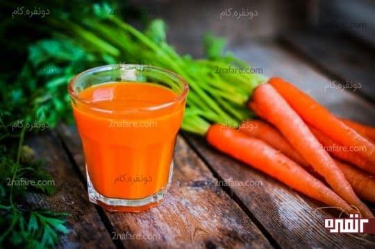 آب هویج علاوه بر اینکه به سلامتی بدن کمک میکنه برای لاغر شدن هم بسیار مناسبه