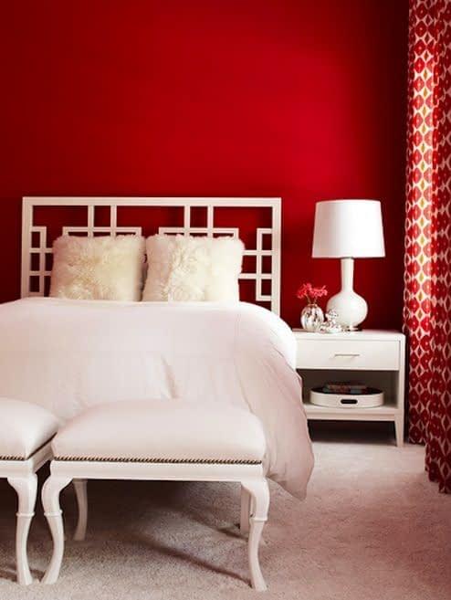 اتاق خواب رمانتیک با کاربرد رنگ قرمز