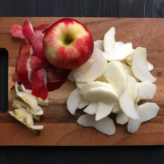 خلالی بریدن سیب ها