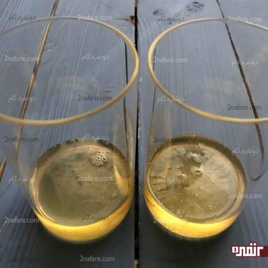 ریختن شربت در لیوان