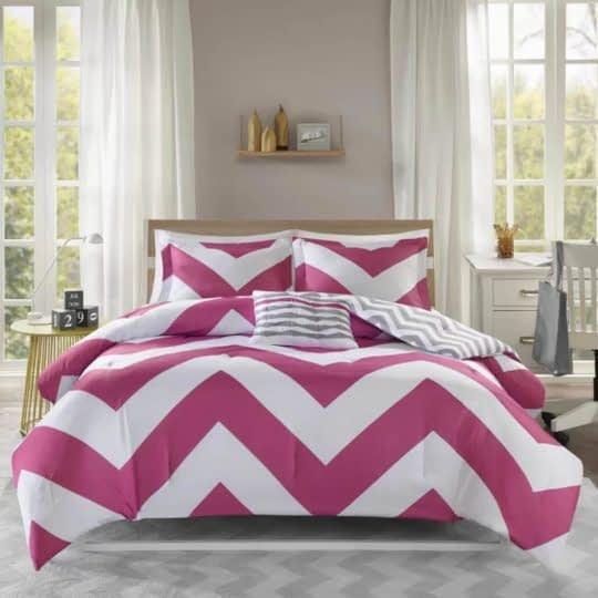 ست روتختی رنگی برای جذابیت اتاق خواب
