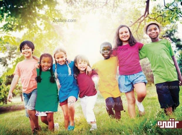 عوامل محیطی که بر رشد اجتماعی کودکان اثر می گذارد