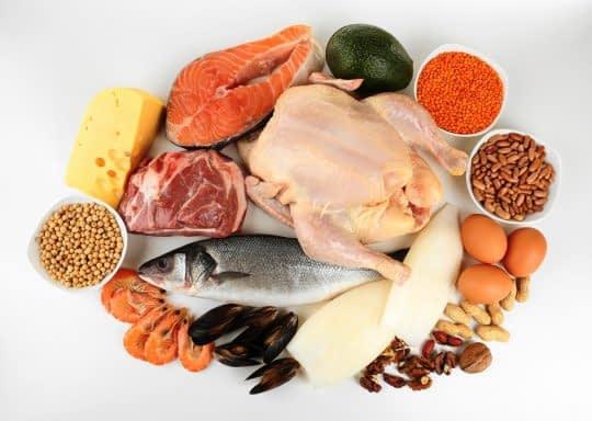 پروتئین بیشتر و بهتر از کربوهیدرات میتونه شما رو سیر کنه