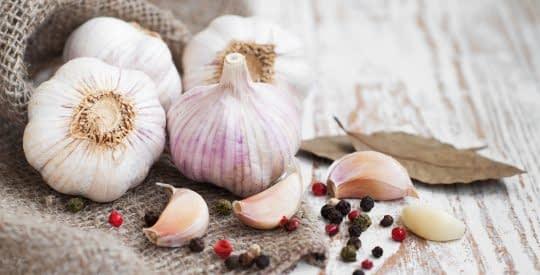 فواید سیر برای کاهش قند خون و فشار خون بدن