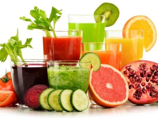کاهش وزن با مصرف آب میوه ها و سبزیجات