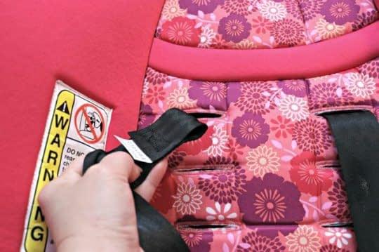 کشیدن کاور روی صندلی