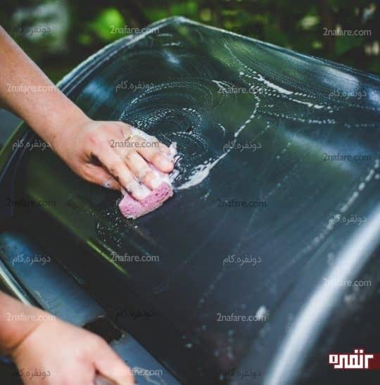 شستن بدنه بیرونی گاز با آب و صابون