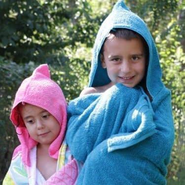 ترفندی ساده برای دوخت حوله ساحلی کودکان