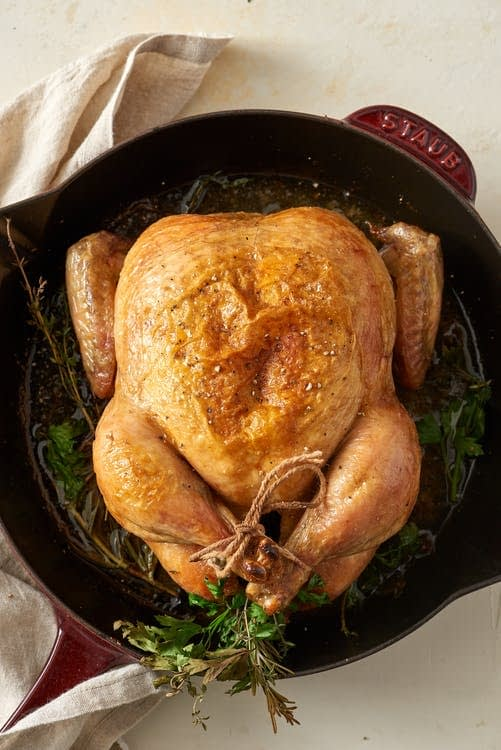طرز پخت مرغ سالم کبابی در فر