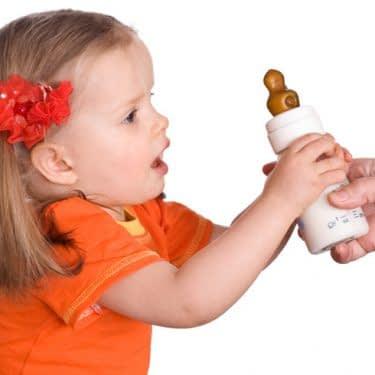 چطور کودکم رو از شیشه بگیرم؟