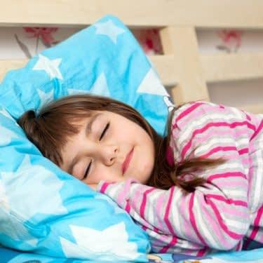 عرق کردن کودک در خواب
