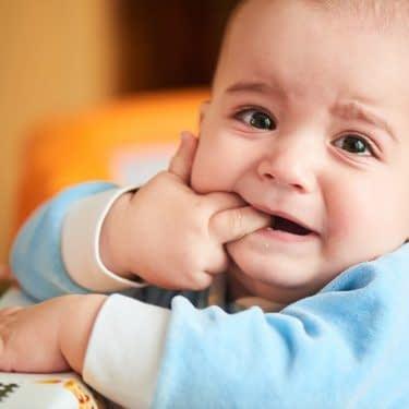 کاهش درد دندان در کودکان
