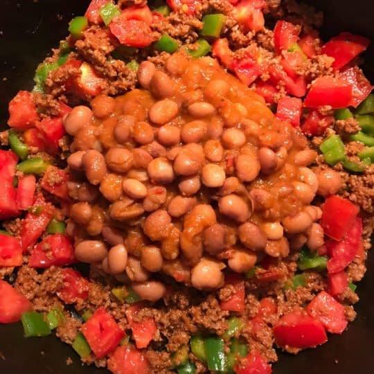اضافه کردن خوراک لوبیا