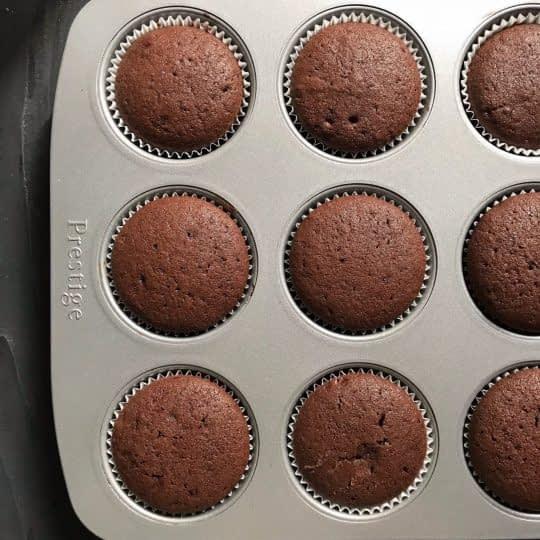 آماده شدن کاپ کیک