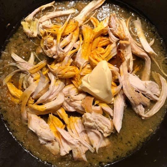 ریش کردن مرغ