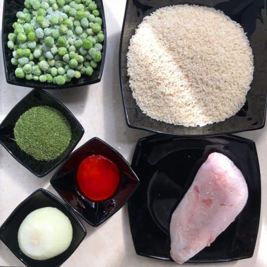 مواد لازم برای تهیه شوید پلو با نخود