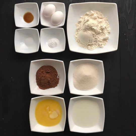 مواد لازم برای تهیه کاپ کیک کاکائویی