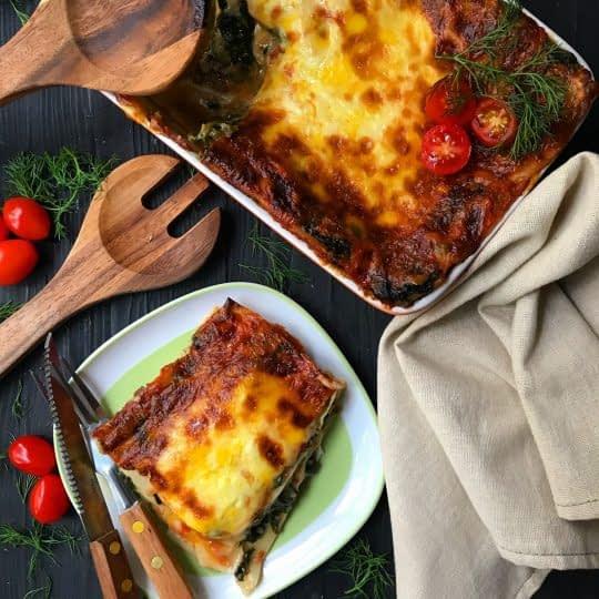 لازانیا,  اسفناج, با سس گوجه فرنگی