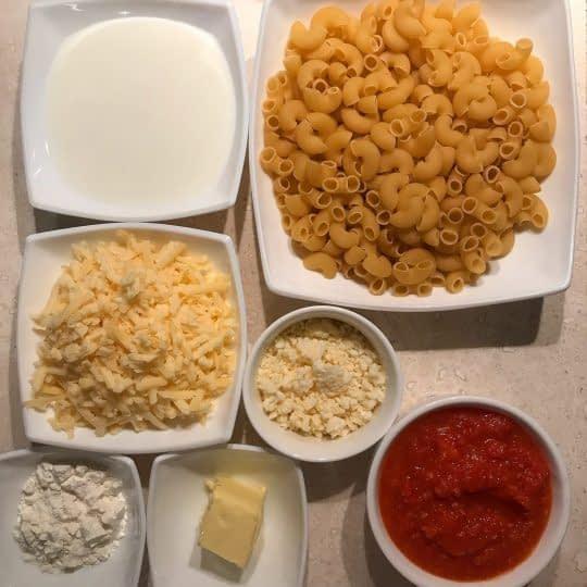 مواد لازم برای تهیه پاستا گوجه فرنگی