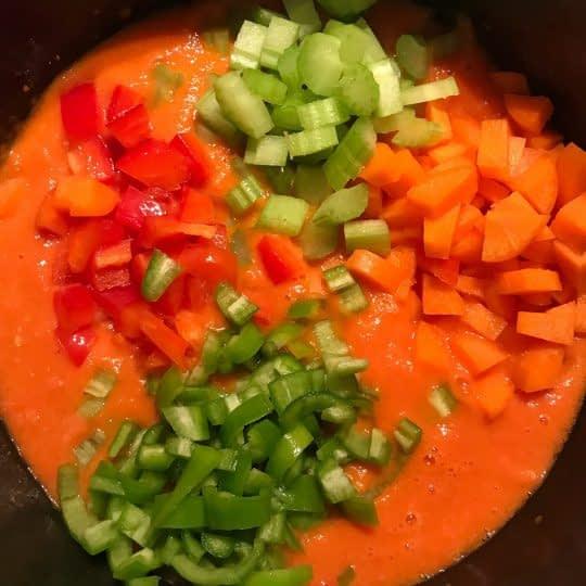 اضافه کردن سبزیجات
